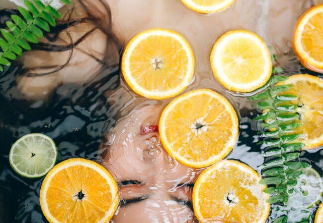 Naravno razkuževanje zraka in še česa, z limono!