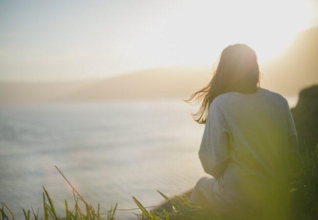 Kaj storiti, če si v zvezi a se počutiš osamljeno