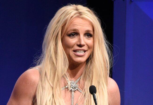 Britney Spears se je oglasila iz zapora, še vedno jokam