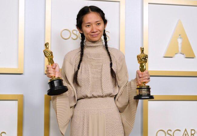 Chloe Zhao v supergah po Oskarja
