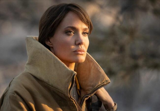 Angelina Jolie je pristala na zelo nevarno snemanje, vse za naravo
