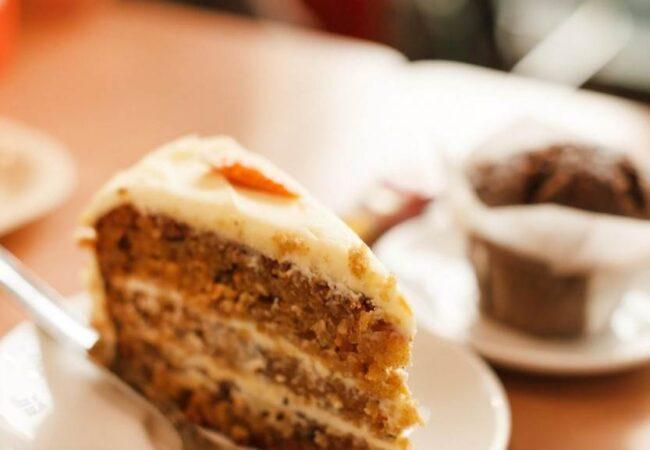 Zdravo korenje lahko uporabimo na več načinov, mi pa vam ponujamo recept za torto